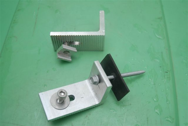 L brackets are used to connect the solar panels onto mounting frames on metal frames